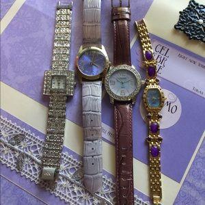 Accessories - B21:  4 watches
